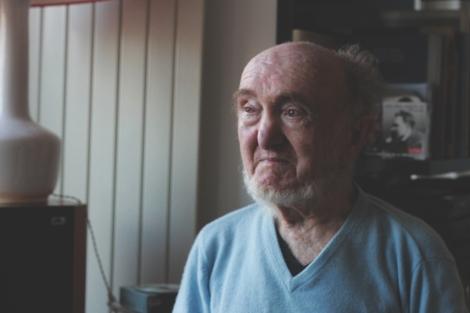 Albert Jacquard, dans son apartement à Montparnasse, le 26 novembre 2010.